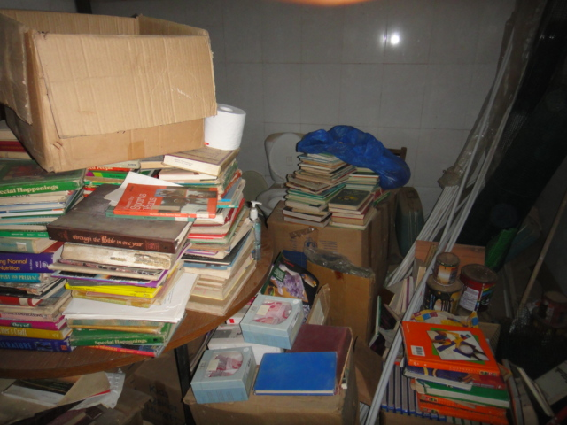 Liberia_boxes of books_2013