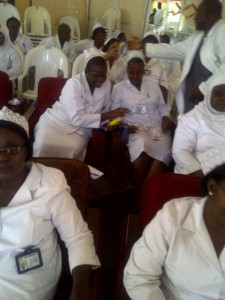 Ahmadu Bello_Nurses operating pulse oximeter at the teaching_2012_Nigeria