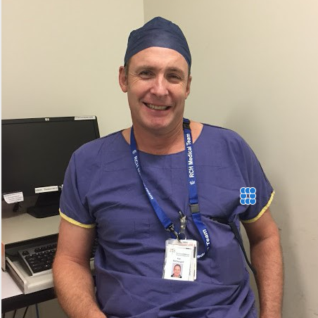 Dr. Rob McDougall, pediatric anesthesiologist and Lifebox Board Member